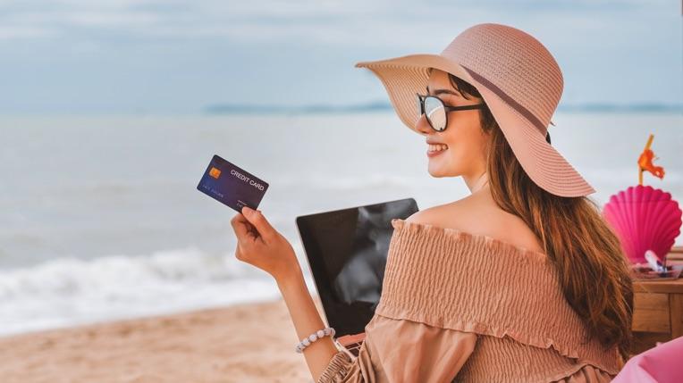 Pinigai ar kortelė kelionėje